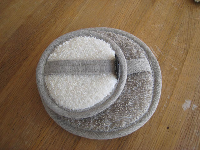 Linen Terry Body Scrubber